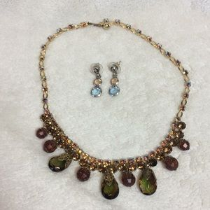 Costume jewelry necklace + earrings gold tones